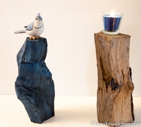 Holzscheiten angemalt und eingeölt als Dekoration