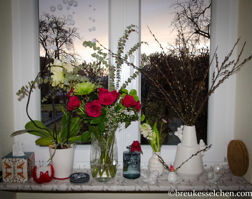 Flowerpowerfebruar_Germaninteriorblogger_Blumen_Laecheln