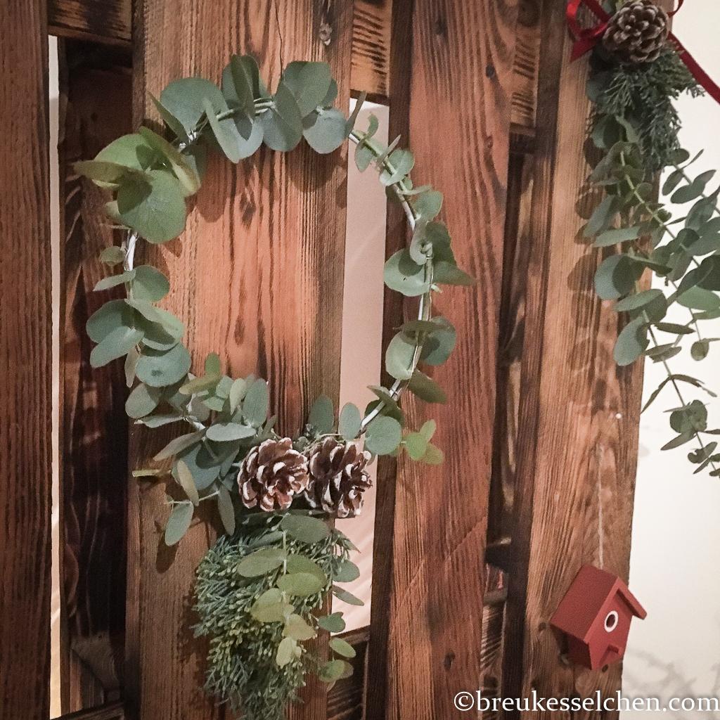 4. DIY Weihnachtliche Anhänger mit Eukalyptus (8)